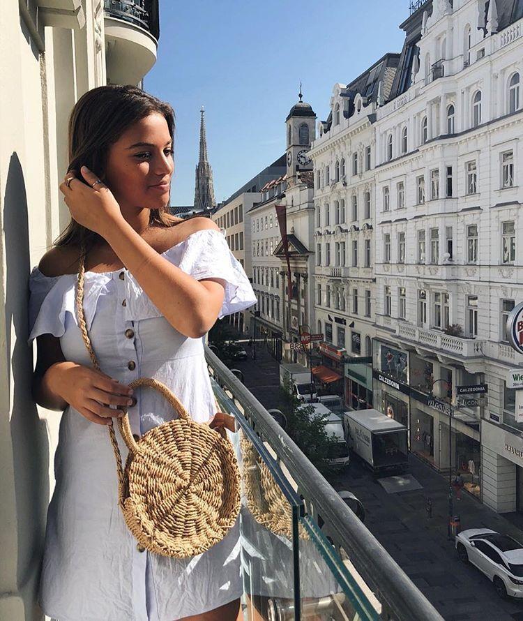 Zara Blau Short Ruffled Dress Größe SMALL BNWT
