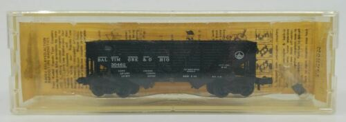 Composite Side Twin Hopper LN Micro-Trains 57081 N Scale Baltimore /& Ohio 33 Ft