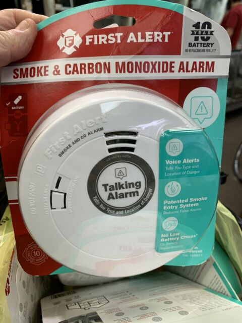 Fire /& Carbon Monoxide With Voice First Alert Smoke Battery Operated 1039871