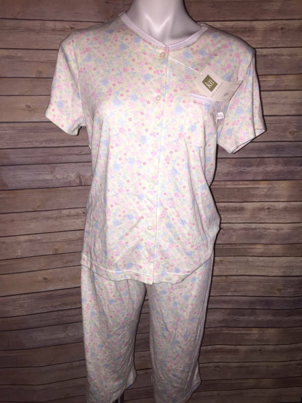 Karen Neuburger Women's Pajama Set 2 Pc Top Capri Sz S Small New with tags