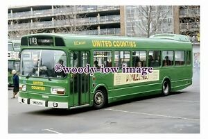 pu0705-United-Counties-Bus-no-525-at-Bedford-in-1987-photograph-6x4