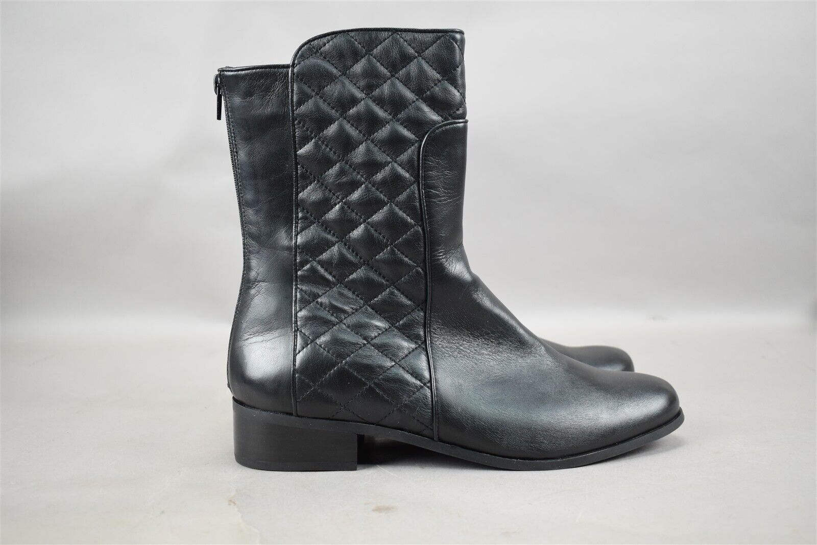 Vaneli Womens Reedy Black Nappa Leather Size 11M Mid Boot With Quilted Detail