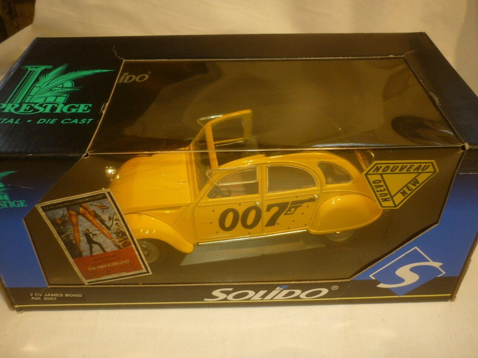 Solido scale model of the James Bond  CITROEN 2CV    For Your Eyes Only   boxed