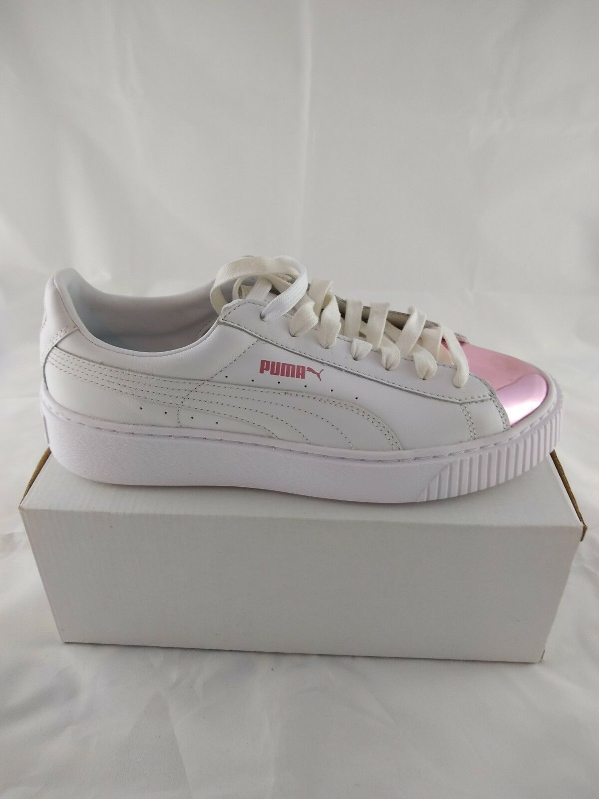 Women's Puma Basket Platiorm Metallic Low Top Lace Up Pink White Size 9 New