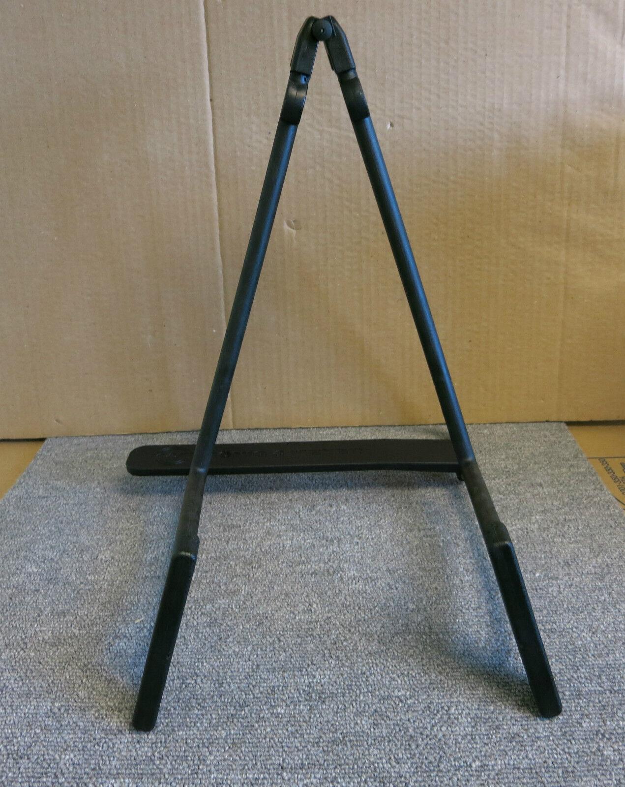 New Konig & Meyer 17580-000-55 Heli Acoustic Guitar Display Stage Stand - Black