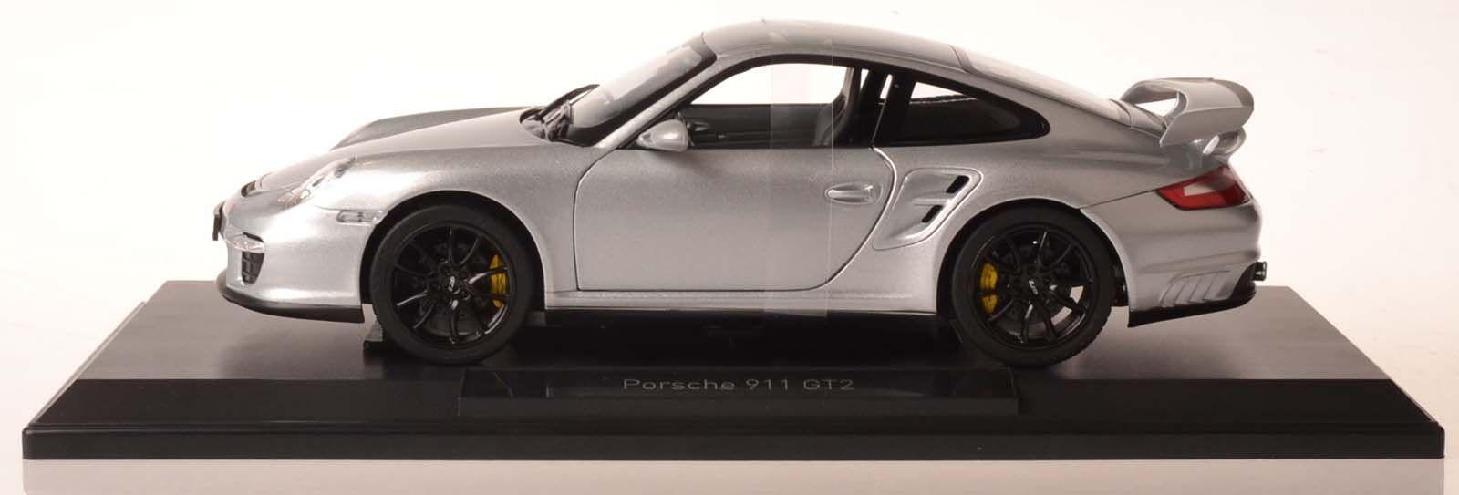 Norev 187594 Porsche 911 gt2 2007 argento 1 18 nuevo en el embalaje original
