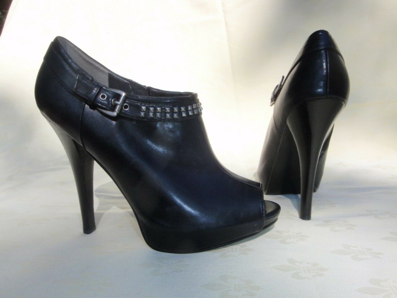 NEW GUESS  Fine & soft  Black synthetic Ankle BOOTS 9,5 US 41 EURO