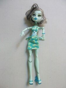 2008-mattel-Doll-monster-high-Frankie-Stein