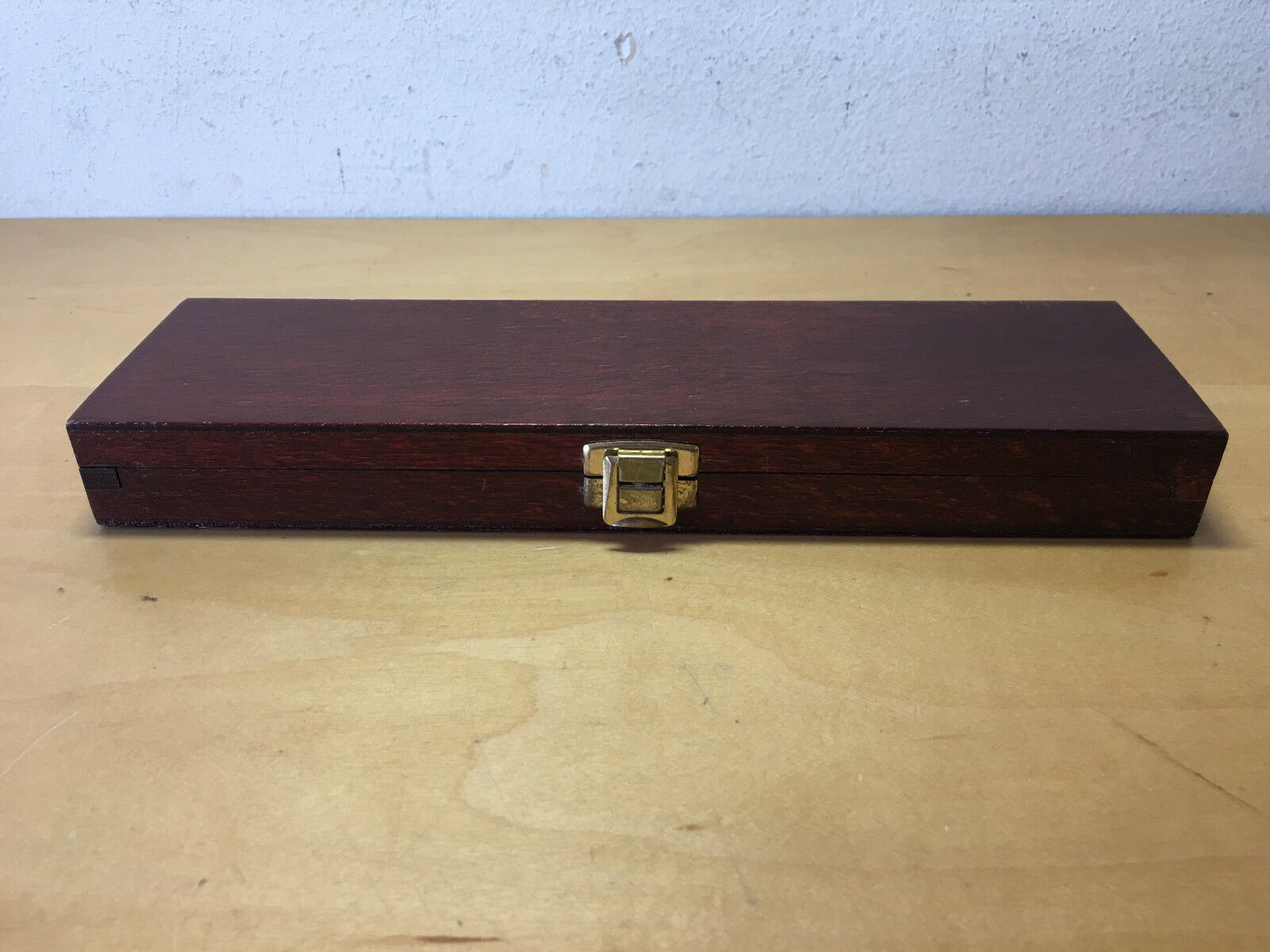 Used - CASE Box Box CASE - Wood Wood - 9 13 16x2 13 16x1 1 8in - Used