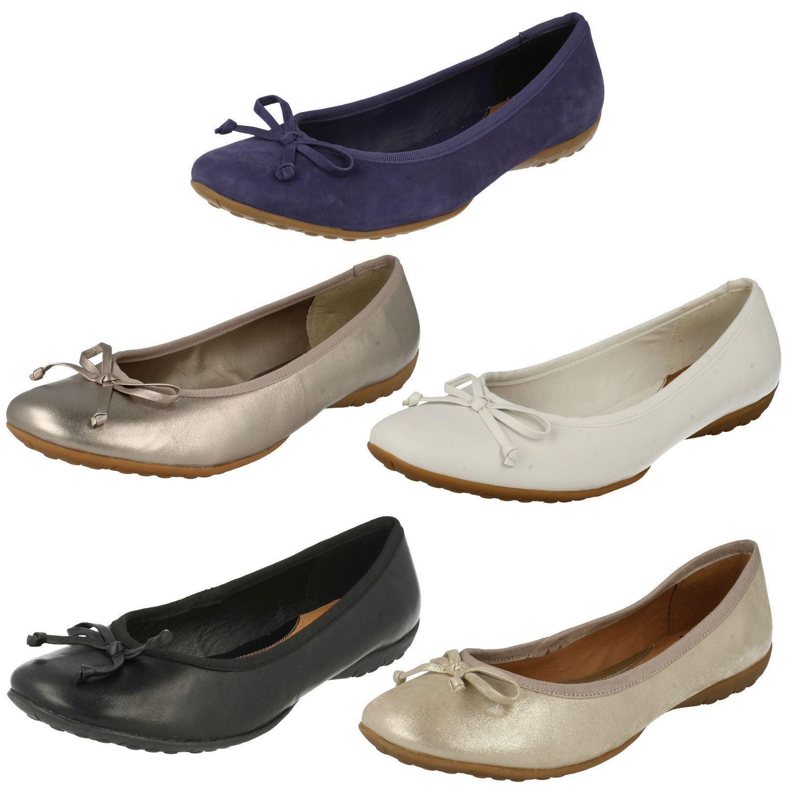 Ladies Clarks Slip On Bow Detailed Ballet Shoes 'Brizona Heat'