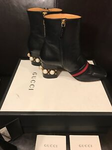 30414e52af18 Image is loading GUCCI-Leather-mid-heel-ankle-boot-Size-39-