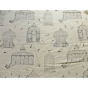 Fabric-by-the-metre-bagatelle-grey-bottom-creme