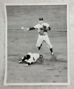 Vintage-1954-Baseball-Wire-Press-Photo-of-Pee-Wee-Reese-amp-Yogi-Berra-Double-Play