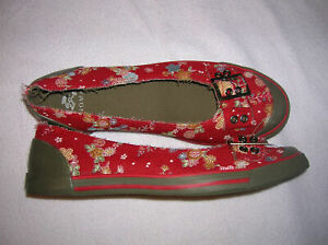 womens-shoes-doll-toe-canvas-Flats-buckle-red-floral-slip-on-size-7-T36