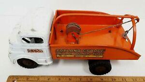1960-039-s-STRUCTO-Toyland-Garage-Wrecker-w-Working-Clockwork-Motor-Great-Condition