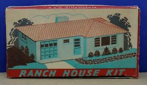 Plasticville-RH-1-O-Ranch-House-Kit-Pink-Sides-Gray-Roof-White-Trim-LNIB-1951