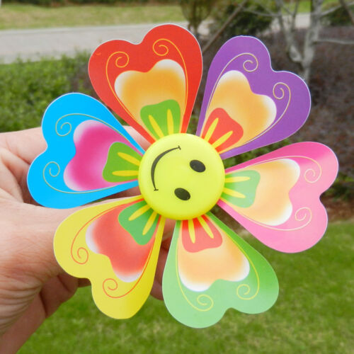 10pcs Mini Finger Classical Outdoor Sport Toys Kids Creative Cartoon  Windmill