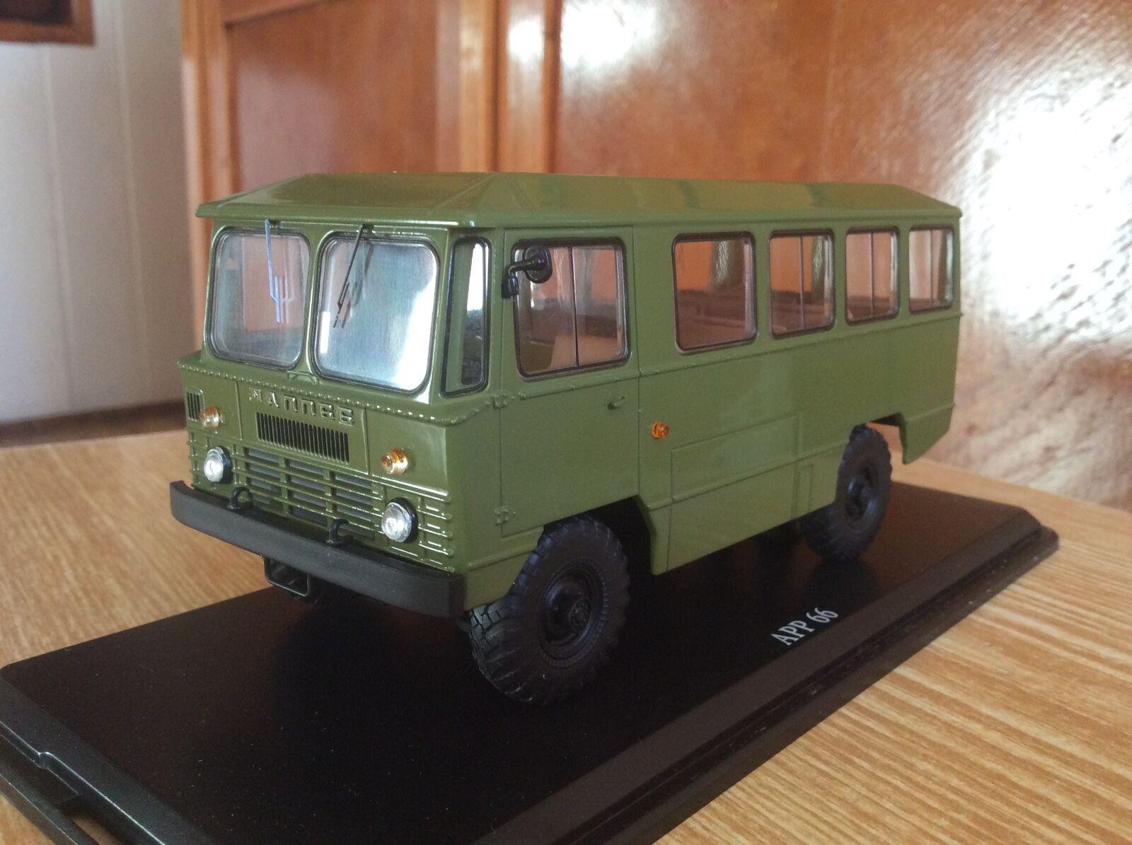 El ejército Bus APP-66 (chasis Amargo - 66) Caqui 1 43 USSR Coche Modelo Retro Raro SSM