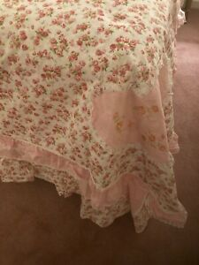 Shabby Chic Look Pink Roses Ruffles Duvet Set Queen New! 4 Pieces!