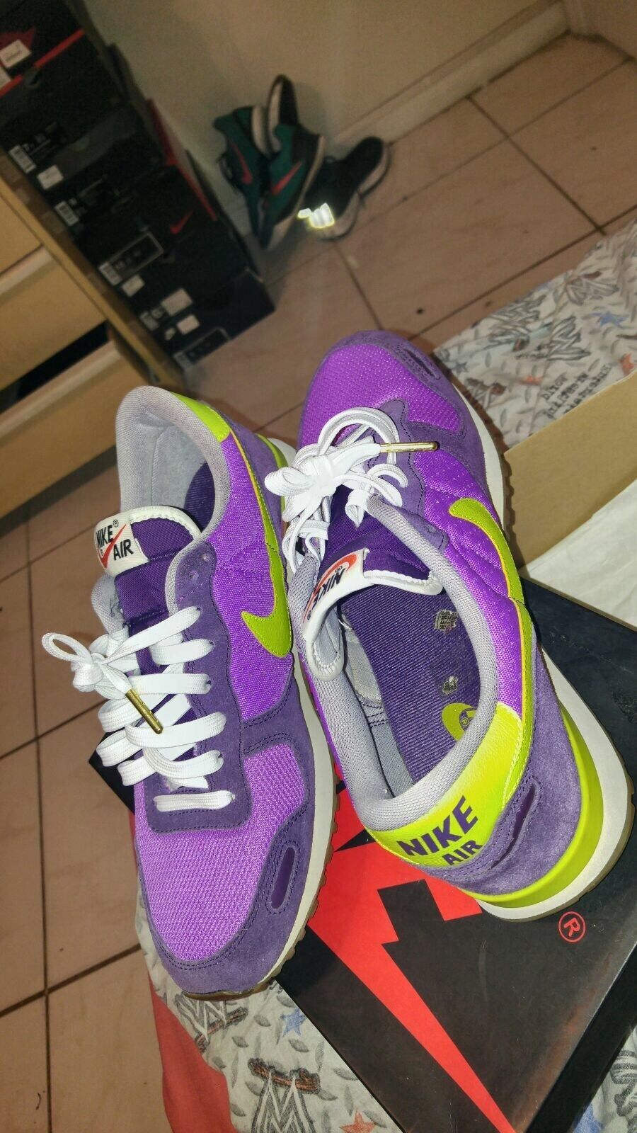 air max vintage size 9.5  Cheap and fashionable