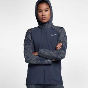 d895848b25 Caricamento dell'immagine in corso Nike-Essential-Flash-Donna-Riflettente- Giacca-da-Corsa-
