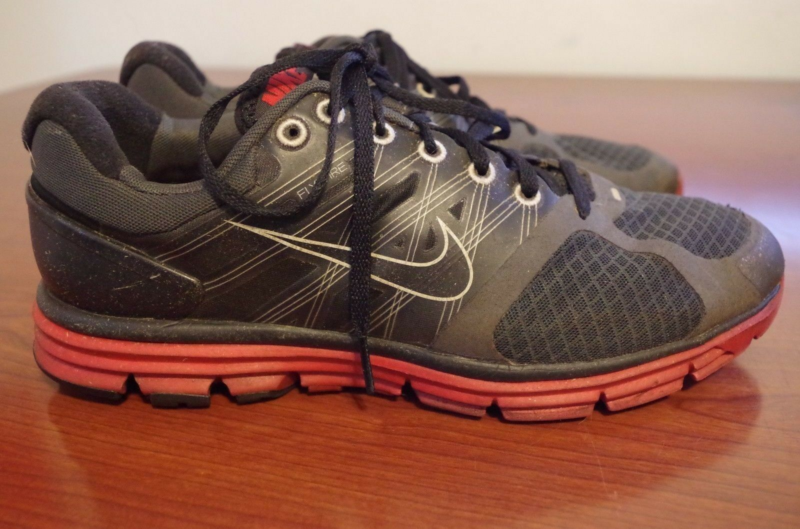 d569b9f8457b Nike Lunarglide 2 Black red 407648-066 Size 9.5 for sale online