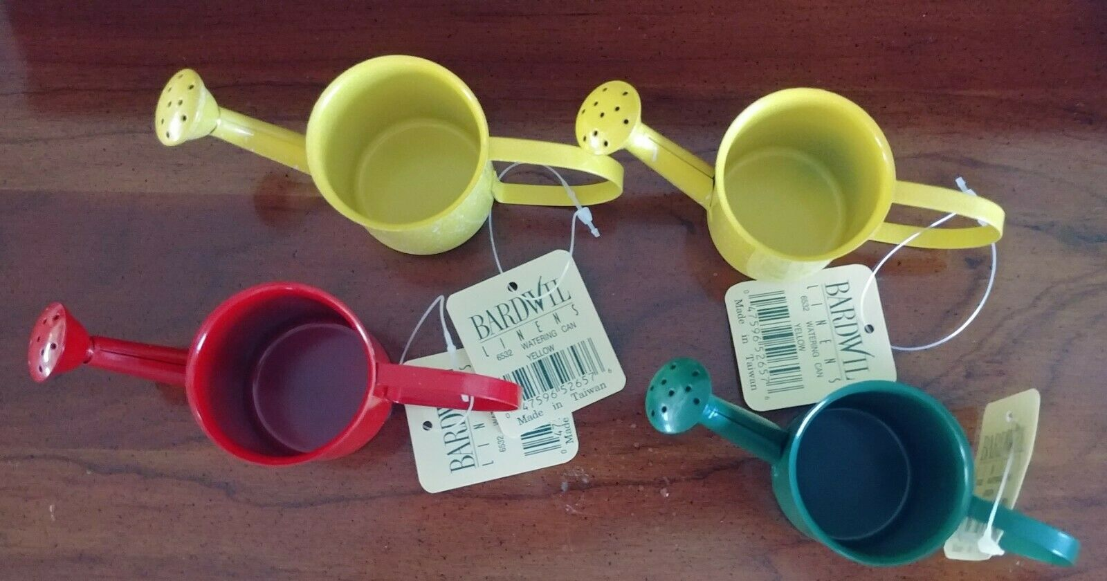 Set of 4 Bardwil Linens MINATURE Metal WATERING CANS; Green Red Yellow 2