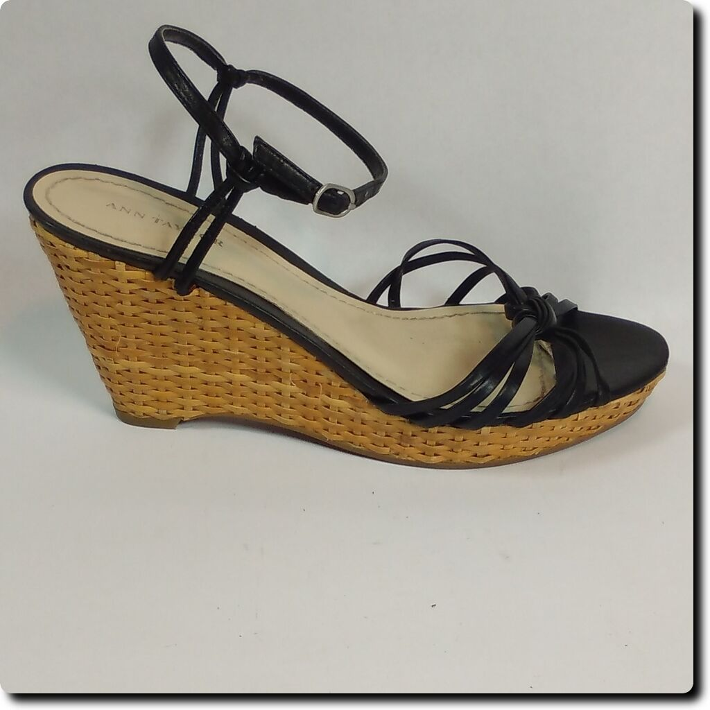 Men's/Women's Ann Taylor cheapest Black Strap Wedge 8 excellent quality cheapest Taylor Good quality 12bf9b