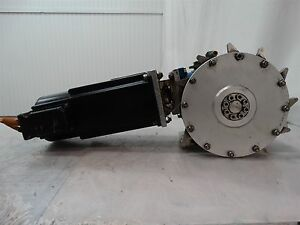 Indramat-MKD071B-061-GP0-KN-Permanent-Magnet-Motor-W-Rossi-Motoriduttori-Reducer
