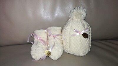 Molto Cappellino cappello e scarpine calzini artigianali ai ferri XN21