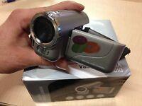 Digital Video Camera (4x Digital Zoom) 1.5'' Tft Display (3.1 Mega Pixel) 128mb