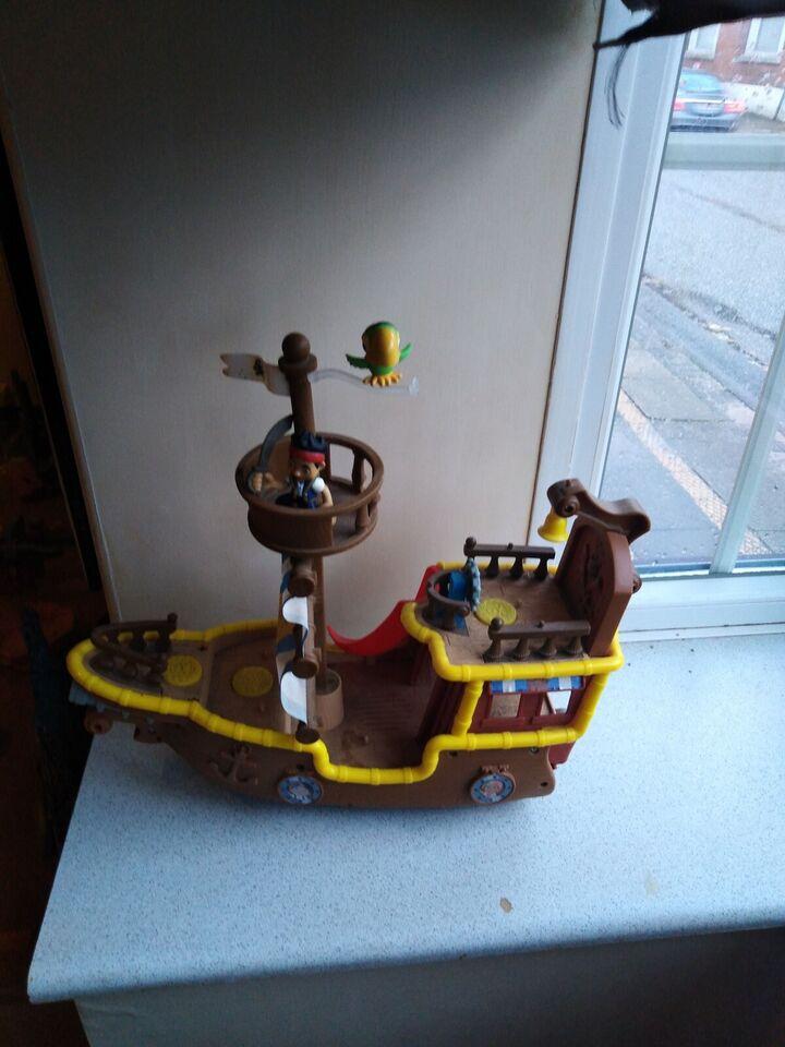 Badelegetøj, Skib, Skib
