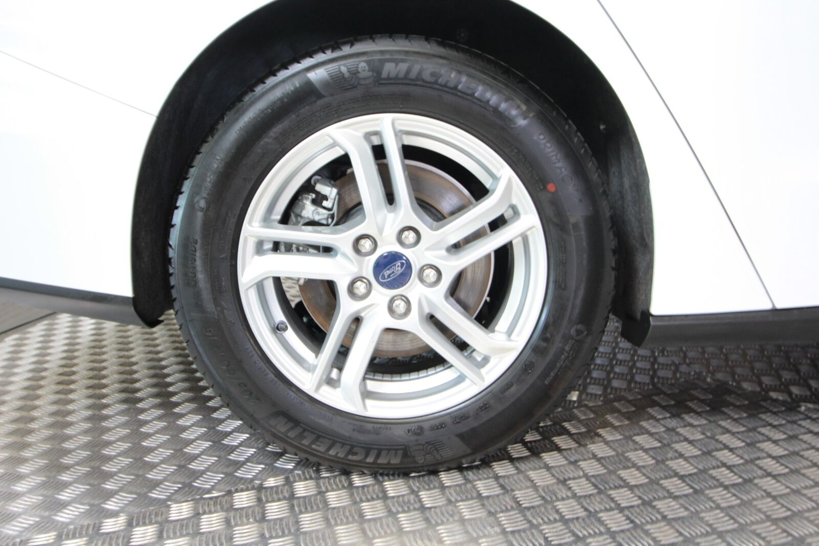 Ford Focus EcoBlue Cool & Connect