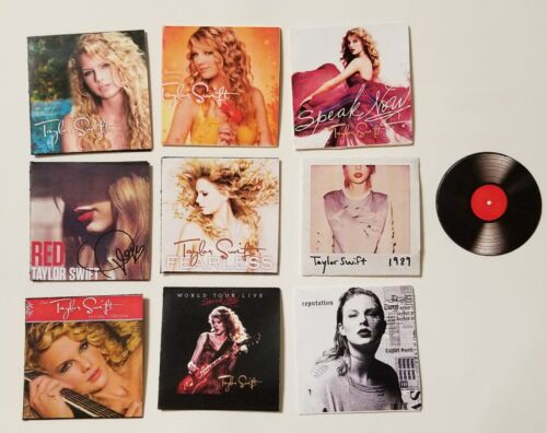 Miniature record AG Barbie Gi Joe 1//6    Playscale Taylor Swift Doll Fearless