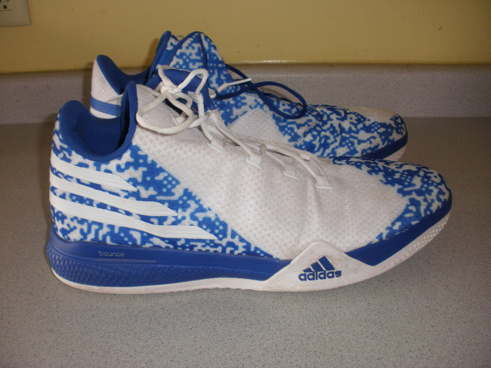 Men's ADIDAS Bounce Basketball Sneakers 20 BLUE WHITE best-selling model of the brand