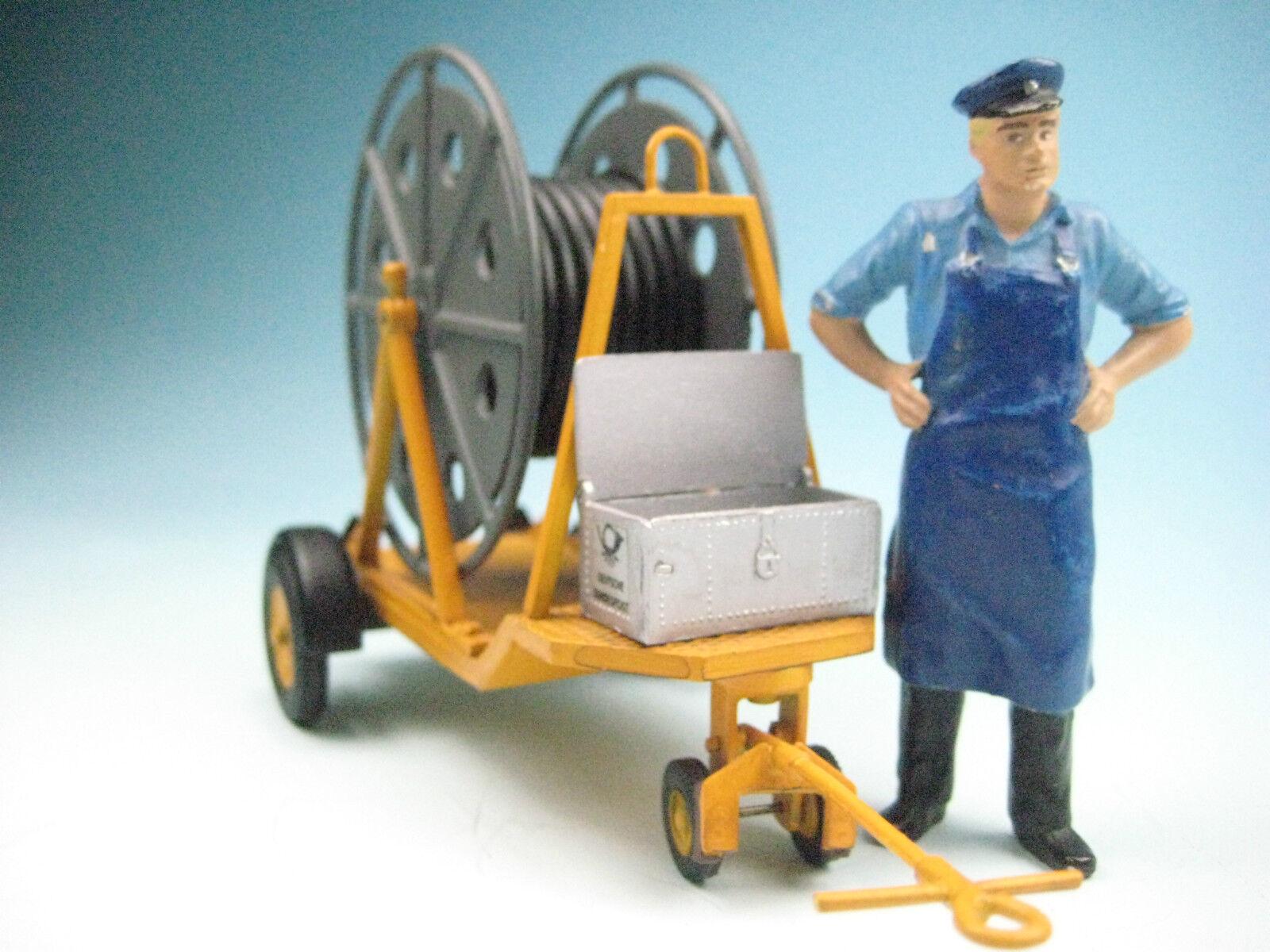 Mano modelo de trabajo  Cochero de cable kabelbauwagen  en escala 1 22,5 (85120 f)