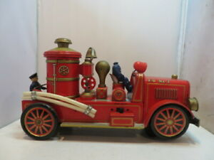 Trade Mark Toys Vintage Lithograph Pumper Fire Truck with Firemen