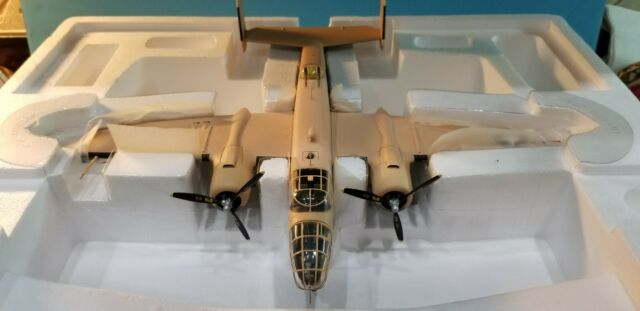 """ARMOUR #98180 USAAF B-25D """"SEVEN OH SEVEN"""" 1:48 SCALE DIECAST METAL MODEL"""