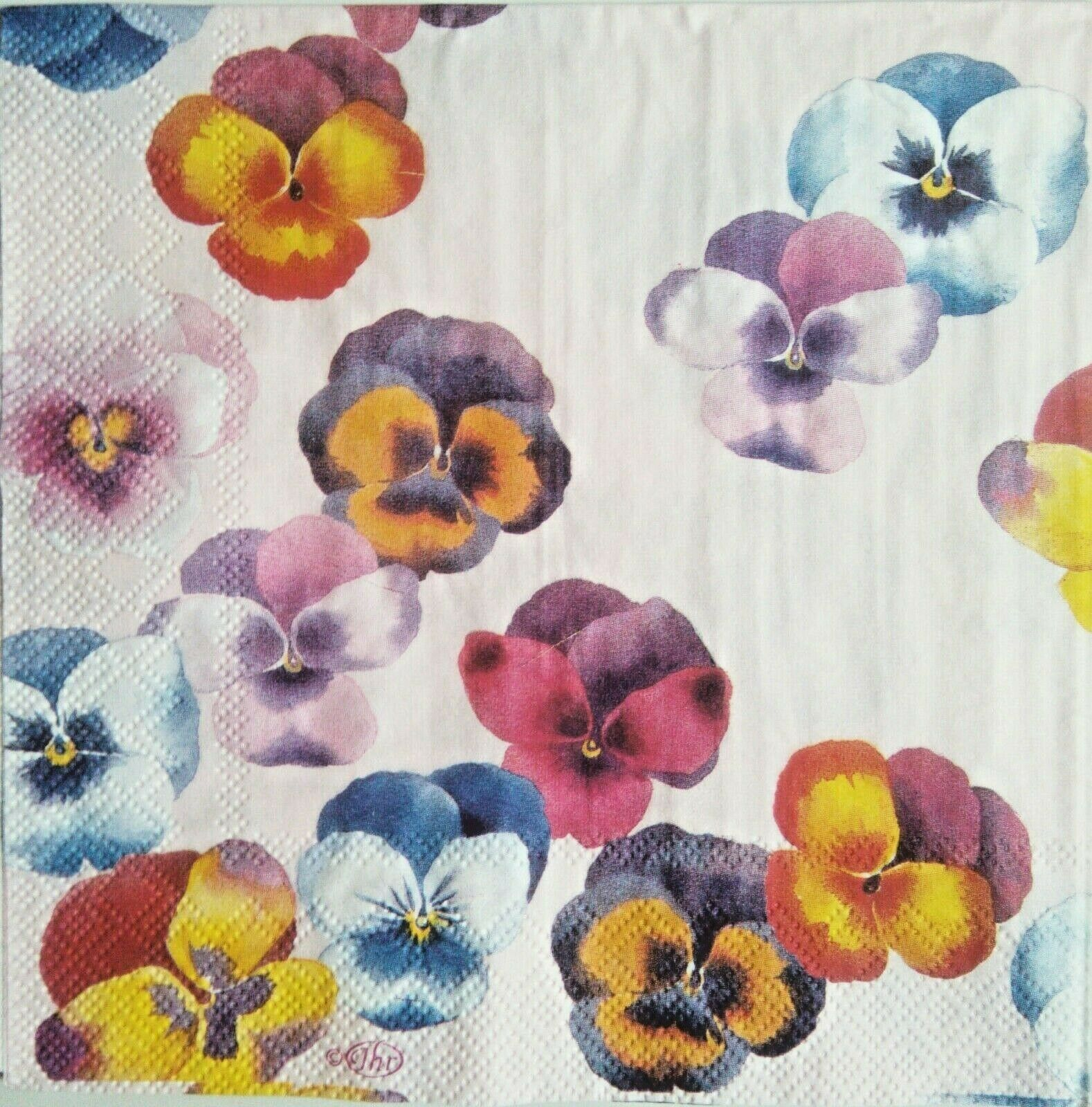 Papel de servilletas decoupage, 4 und.Vintage.Paper Napkins. flores, petunias.