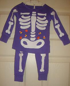 New @@ Carter's~girl's~halloween/skeleton/silk/screen/purple/pajama/set! 12/mo