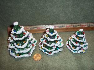 Image Is Loading Three Pretty Little Ceramic Christmas Trees Tree Green