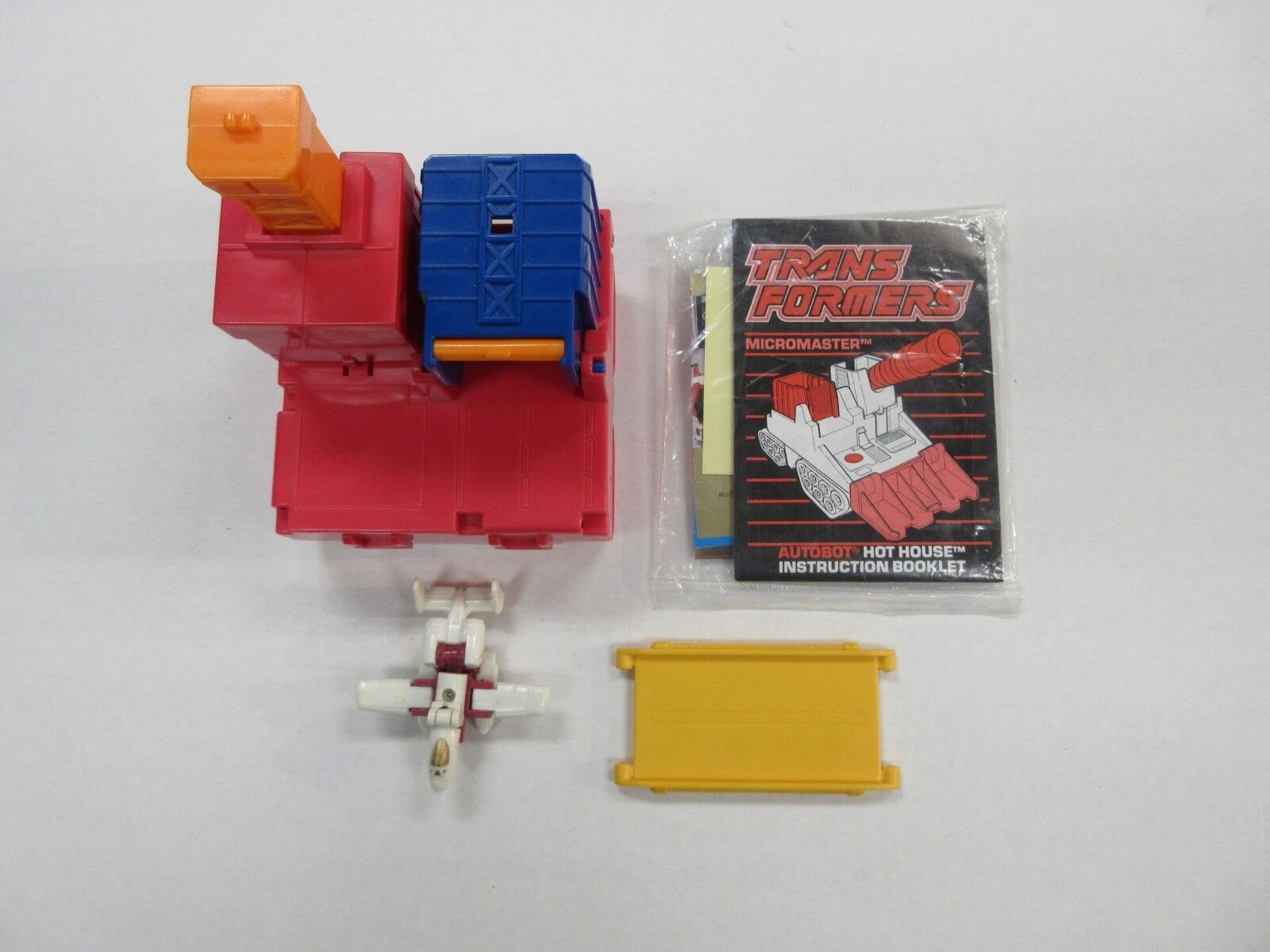 1989 G1 TRANSFORMERS MICROMASTER HOT HOUSE 100% COMPLETE W  PAPERWORK