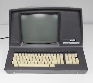 VINTAGE-BEEHIVE-INTERNATIONAL-MICRO-B1-TERMINAL-COMPUTER-W-BUILT-IN-DISPLAY-KB