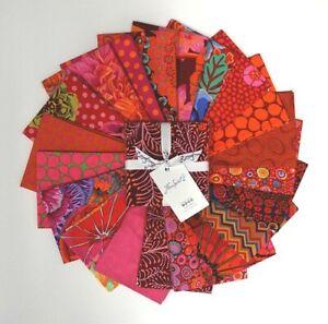 FreeSpirit-Kaffe-Fassett-Lipstick-CharmPack-42-5-Fabric-Squares-Cotton-Quilting