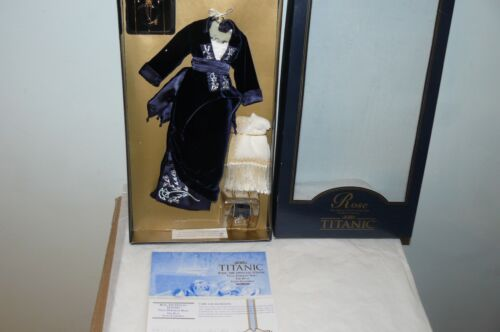 Franklin Mint Titanic Blue Gown Ensemble For The Titanic Female Rose Vinyl Doll