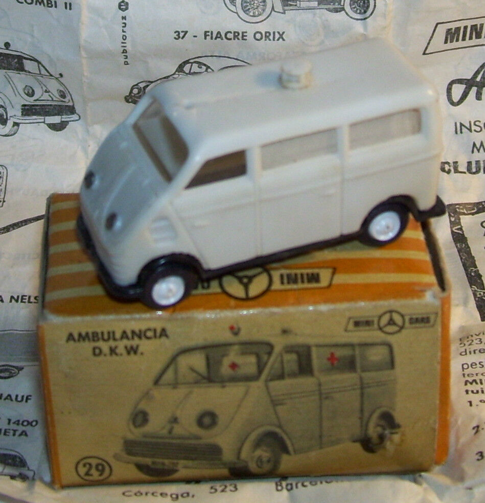 ORIGINAL ANGUPLAS MINI CARS HO 1 87 1 86 MADE SPAIN DKW AMBULANCE IN BOX
