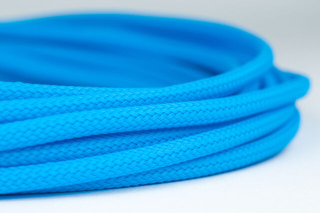 10 meters Shakmods Round 4mm High Density Light Blue Braided Expandable Sleeving