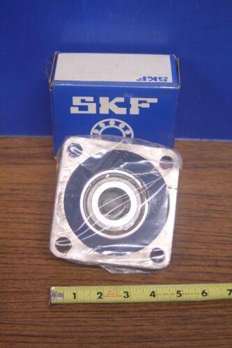 SKF 4 Bolt Flange Bearing w// Collar FY 1.1//4 FM