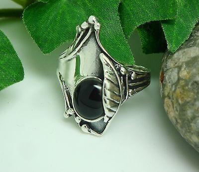 Silberring asymetrisches Ornament Blatt mit schwarzem Stein Jungendstil-Design