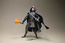 TOYBIZ LORD OF THE RINGS THE FELLOWSHIP OF THE RING STRIDER SWORD SLASHING
